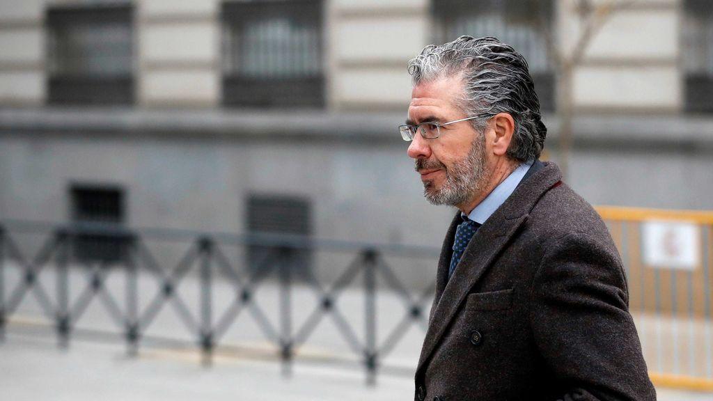 """Granados asegura que es """"falso"""" que las siglas de su agenda sean de donantes del PP madrileño"""