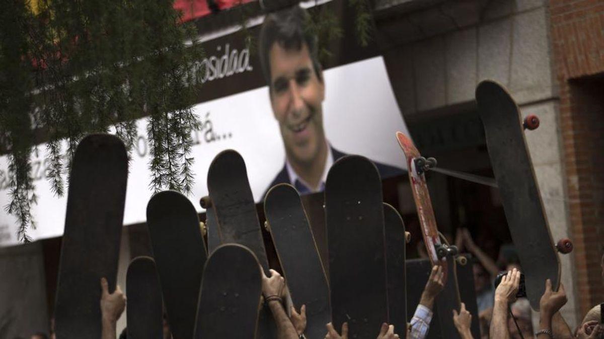 El Unión Adarve homenajea a Ignacio Echeverría, el español muerto en el ataque terrorista de Londres, con este bonito cartel
