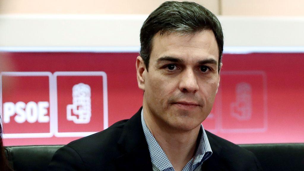 Pedro Sánchez presiona a Rajoy para presentar que presente ya los PGE y que convoque elecciones si no tiene mayoría para aprobarlos