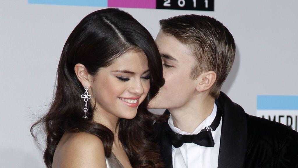 Selena Gómez hace oficial su relación con Justin Bieber