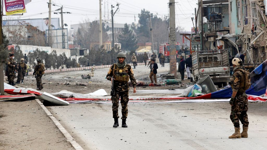 Un muerto y cuatro heridos por el atentado en Kabul contra un convoy de la OTAN