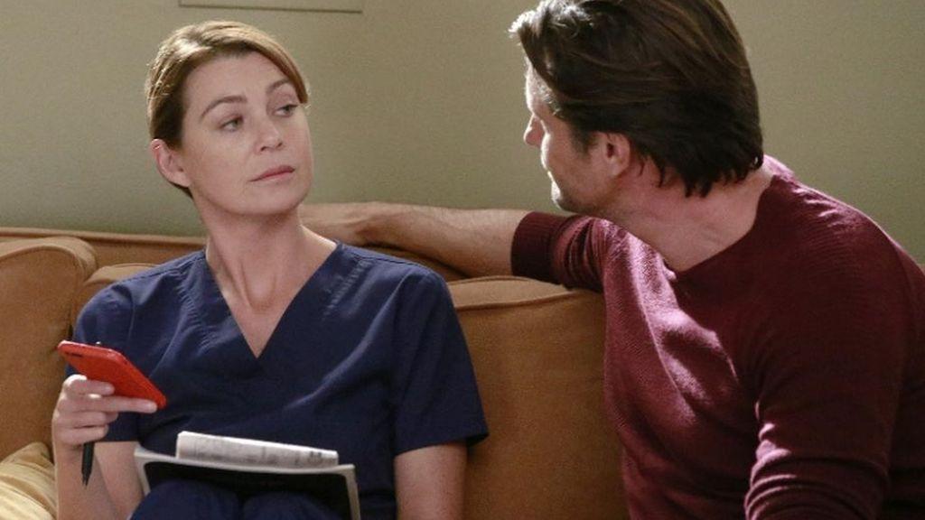Ellen Pompeo y Martin Henderson son Meredith Grey y Nathan Riggs en 'Anatomía de Grey'.