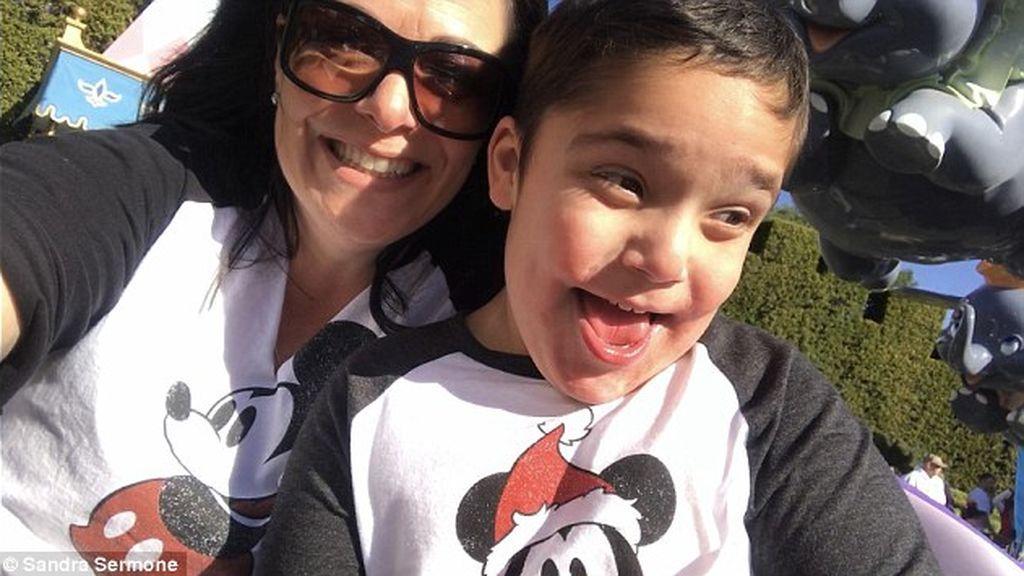 Crea una fundación para hallar una cura para su hijo con una enfermedad genética rara