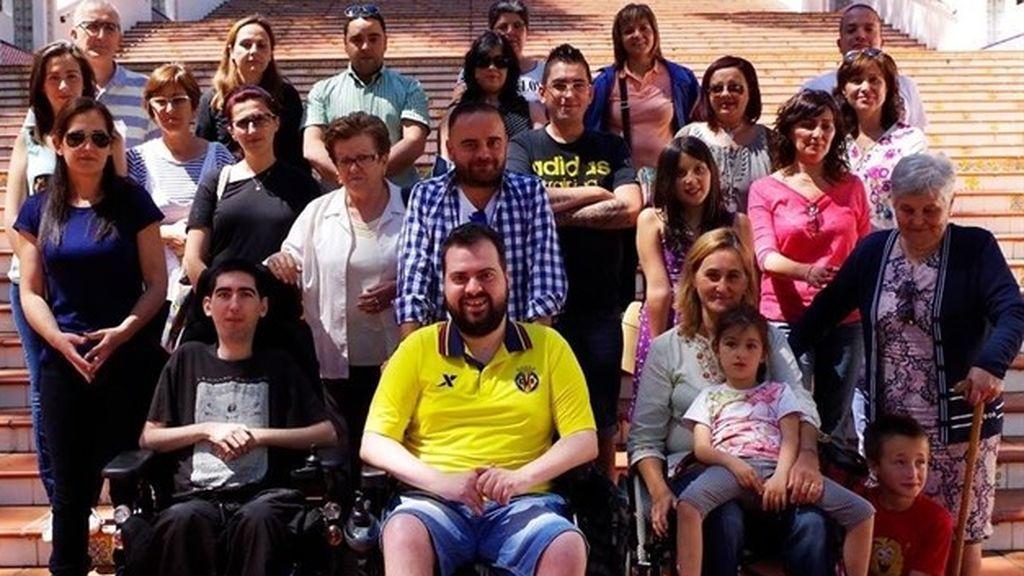 Una familia con una enfermedad degenerativa rara inmune al sida pide fondos para investigar