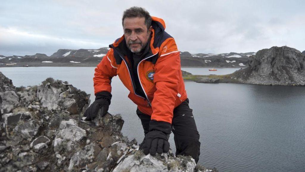 Fallece un militar al caer al mar del buque Hespérides en la Antártida