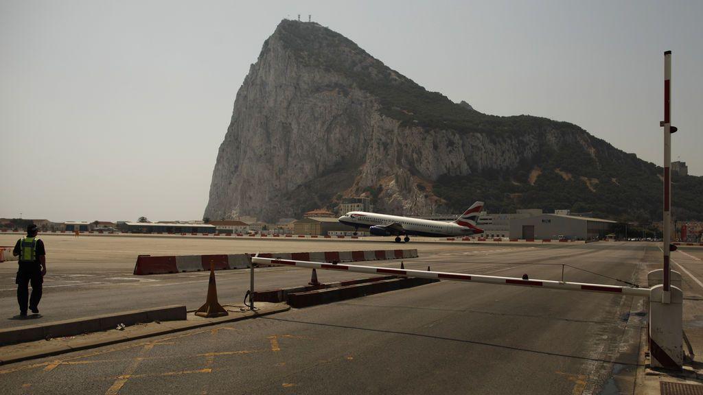Cierre temporal del aeropuerto de Gibraltar por daños en la infraestructura