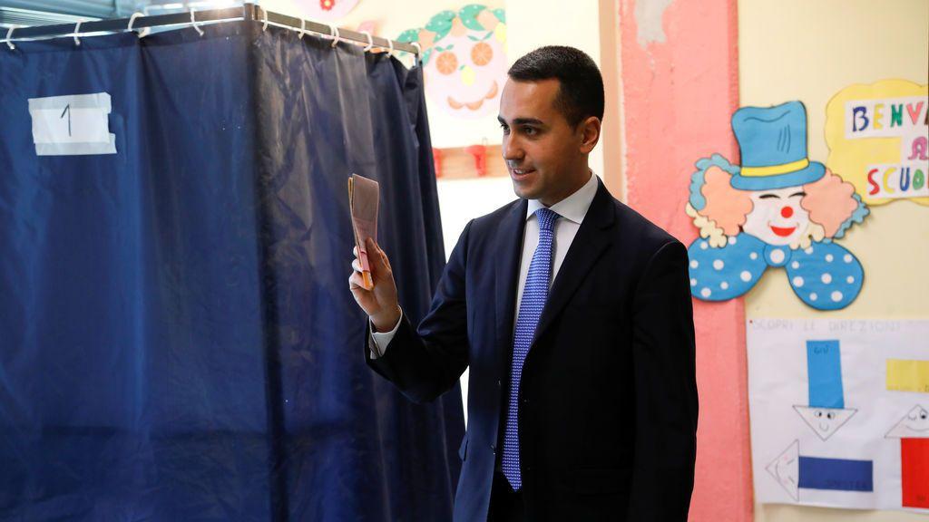 El M5S se impone en las elecciones italianas, según encuestas a pie de urna