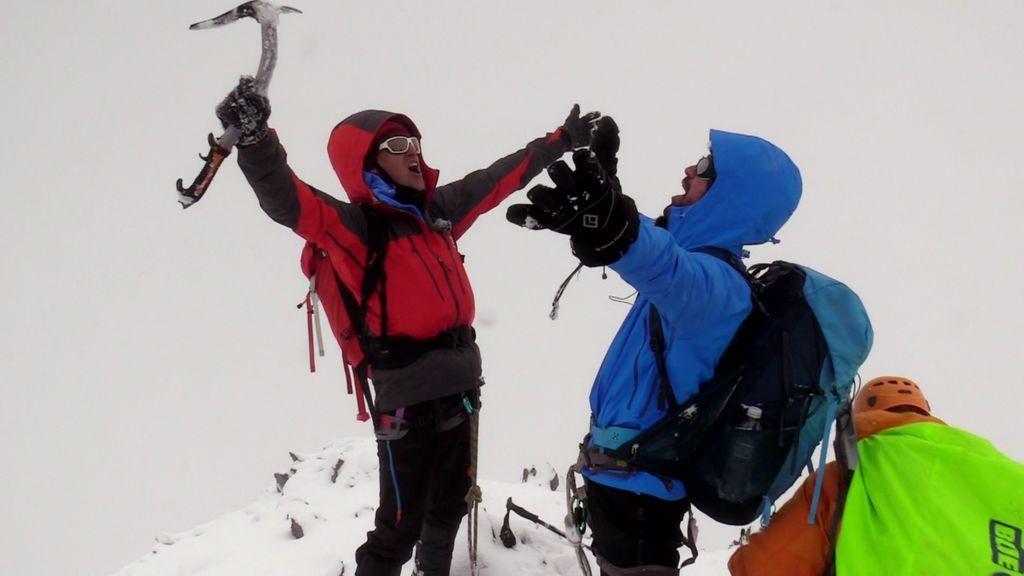 La nieve y el viento no impiden que Miguel Ángel Muñoz bata el récord Pataky