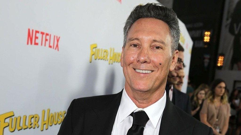 Jeff Franklin, creador y productor de 'Madres forzosas'.
