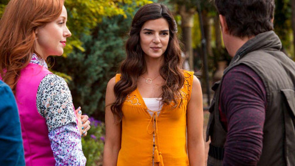 Clara Lago interpretó a una vampira en la tercera temporada de la serie de TNT 'The librarians'.