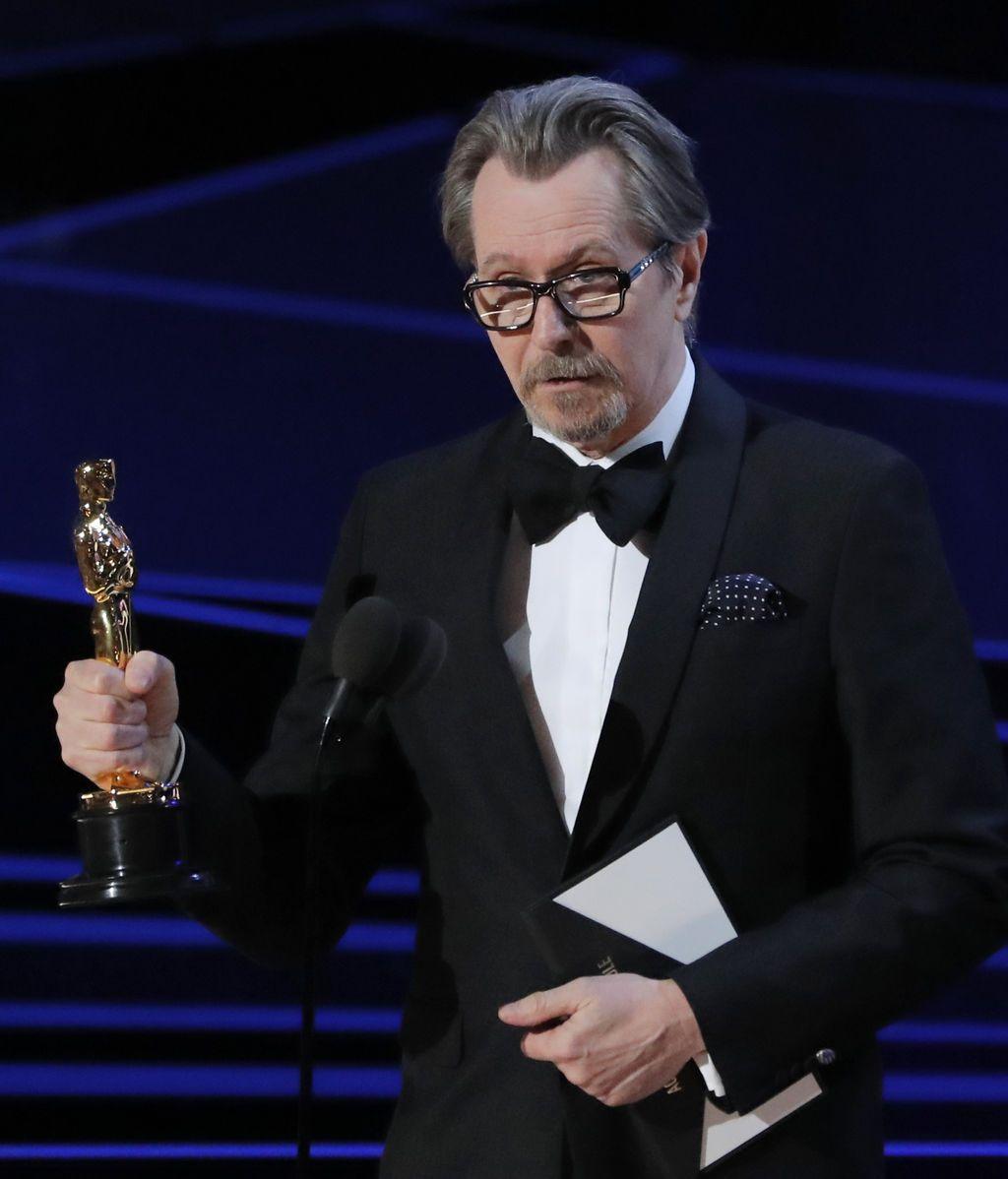 Gary Oldman se han hecho con la estatuilla al mejor actor principal por su papel en 'El instante más oscuro'