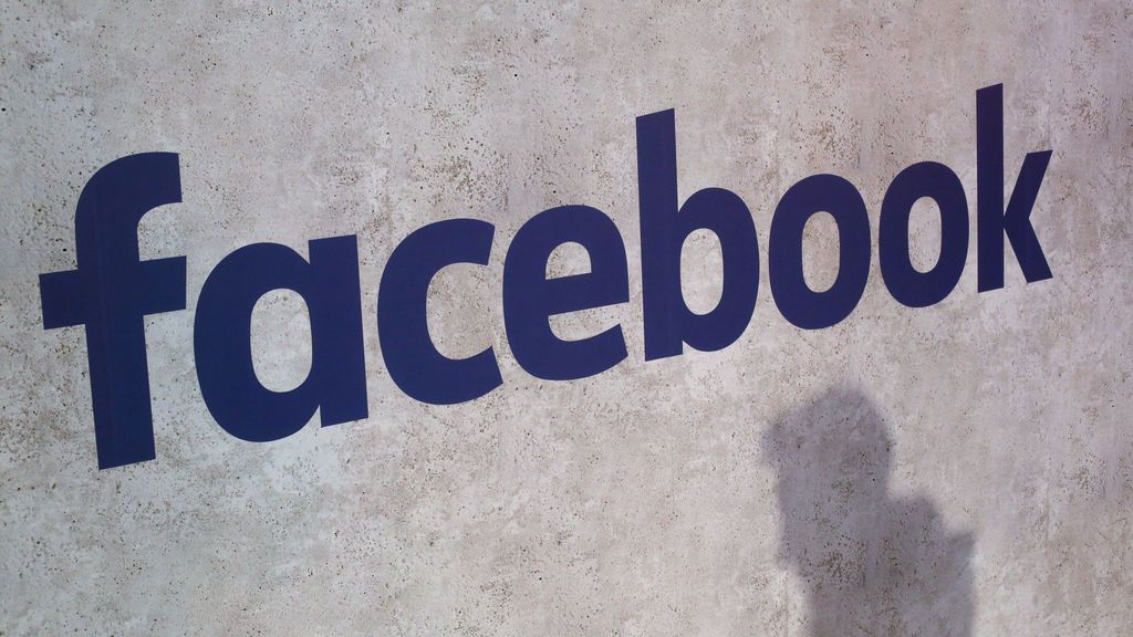 Facebook pide disculpas por realizar una encuesta sobre actos pedófilos