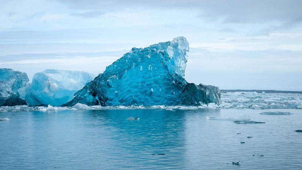¿Qué es el hielo azul? Curiosidades de un fenómeno insólito