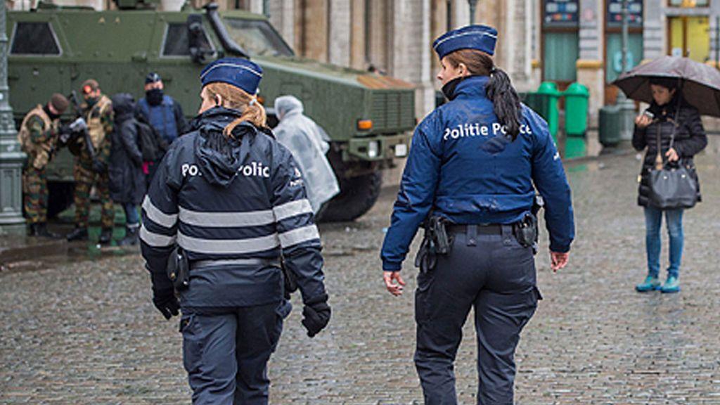 Bélgica aplica la ley contra el sexismo:  Multa a un joven por insultos machistas en la calle