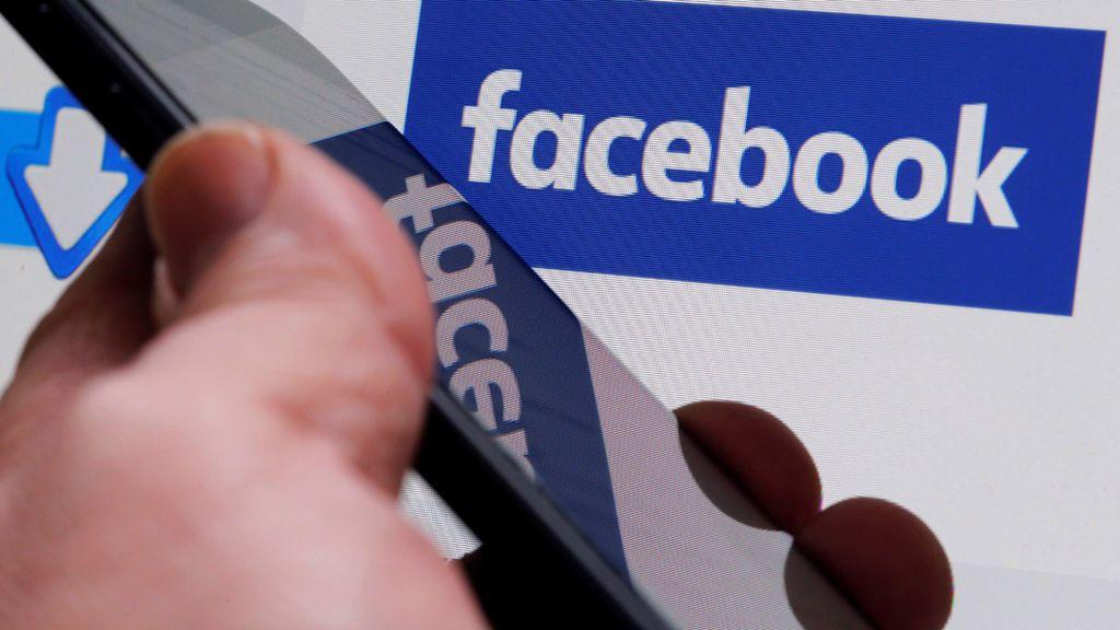 """Condenado a pagar 1.080 euros por escribir en Facebook """"fuck mossos"""" y """"mossos=perros"""""""