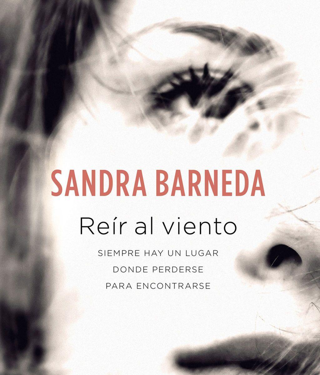 REIR AL VIENTO DE SANDRA BARNEDA