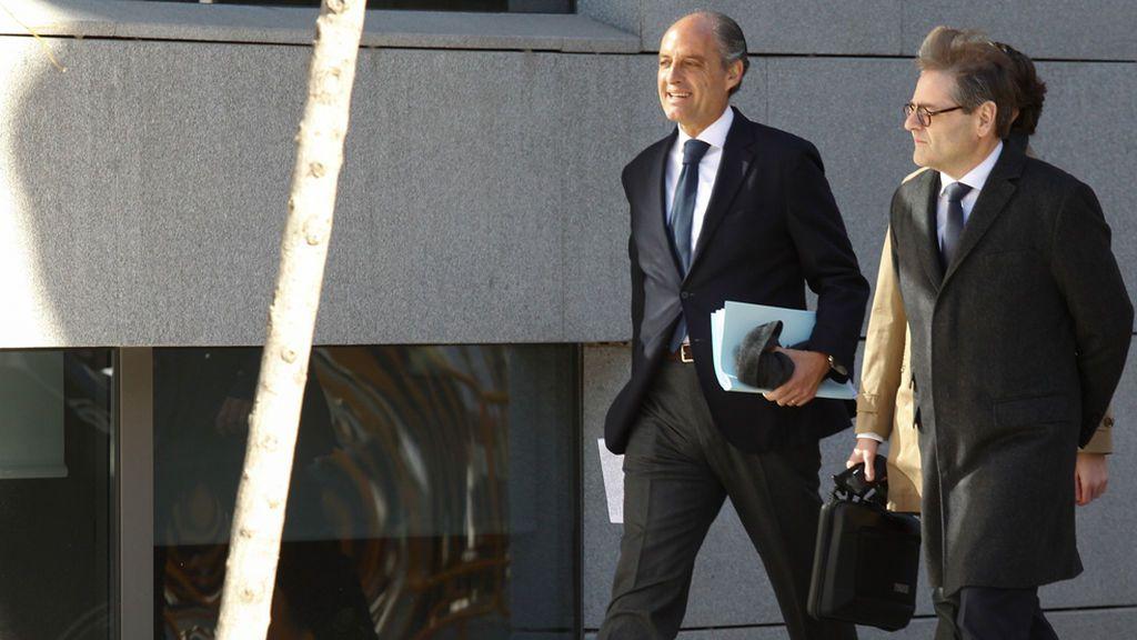 "Camps señala a Eduardo Zaplana asegurando que fue él quien le ""envió"" a 'El Bigotes'"