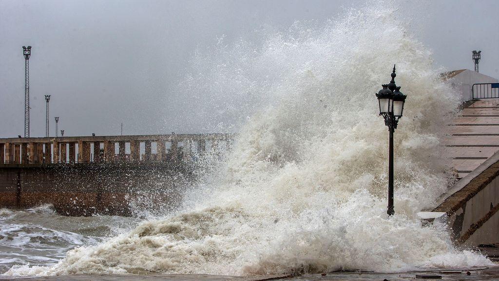 Protección Civil alerta por fuertes vientos y temporal marítimo este fin de semana
