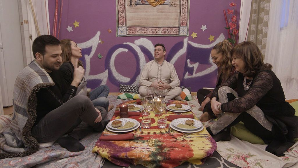 'Ven a cenar conmigo' se pone festivalero esta semana con Eurovisión como menú degustación