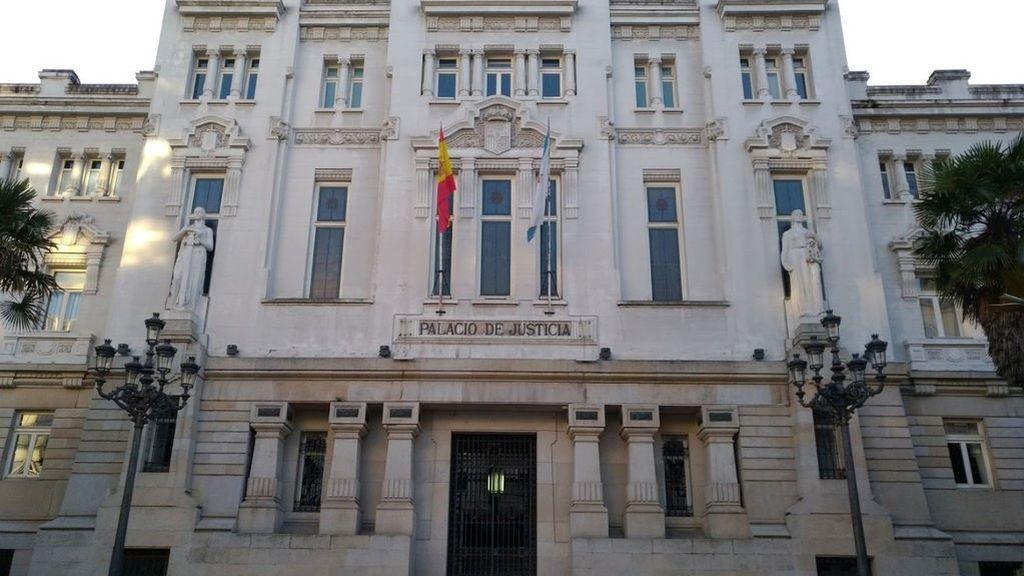 Queda en libertad la mujer de Ferrol que supuestamente intentó estrangular a su hija