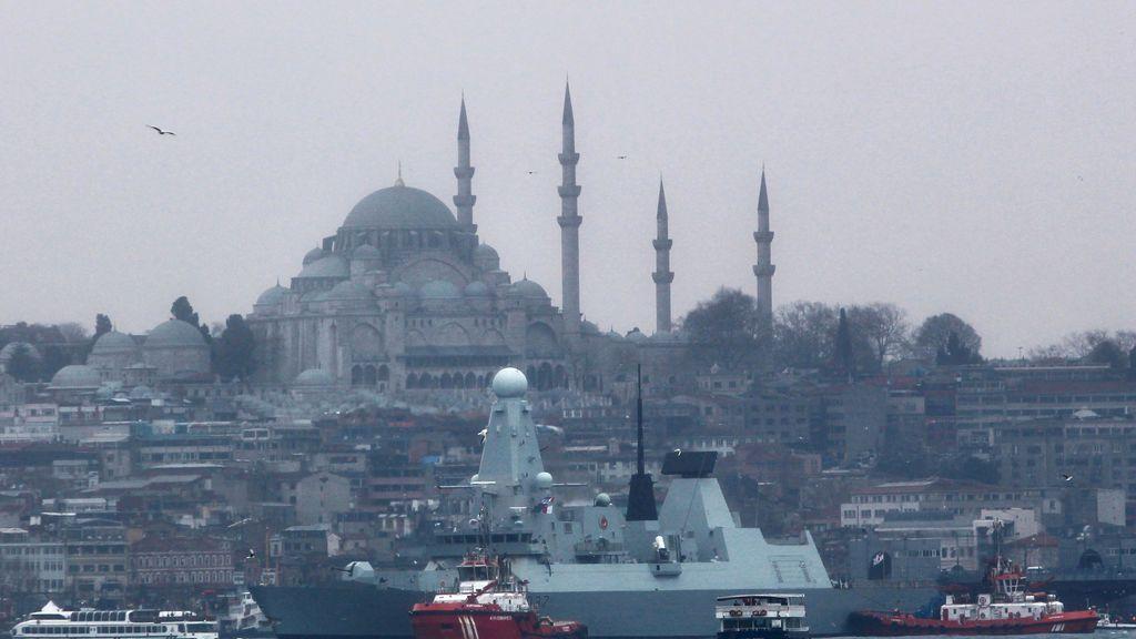 Once muertos al estrellarse un avión privado turco que se dirigía a Estambul