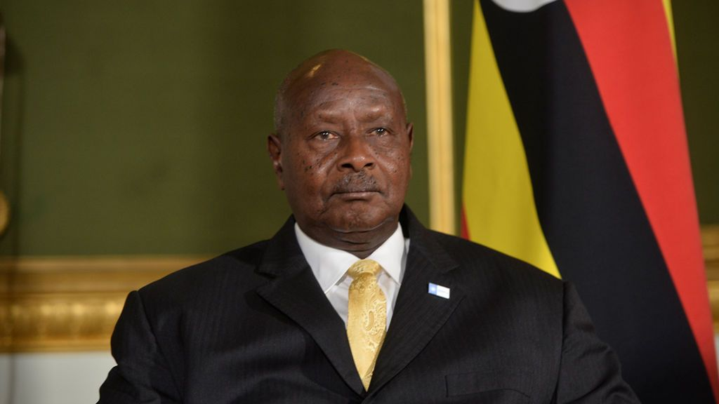 """El presidente de Uganda asegura que los africanos son pobres porque """"duermen demasiado"""""""