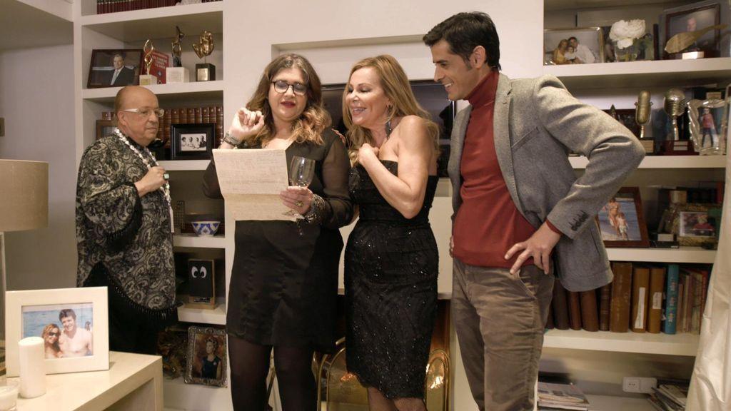 Ana Obregón, última anfitriona de la edición VIP de 'Ven a cenar conmigo' con Rappel, Lucía Etxebarría y Víctor Janeiro como invitados.