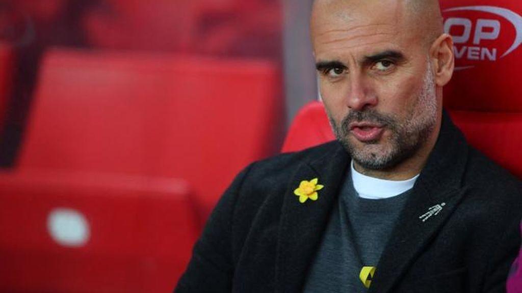 Pep Guardiola desafía a la Federación Inglesa y vuelve a lucir el lazo amarillo