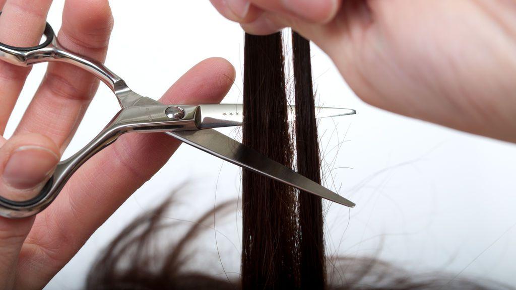 Apuñalan a una niña en Colombia para robarle el pelo