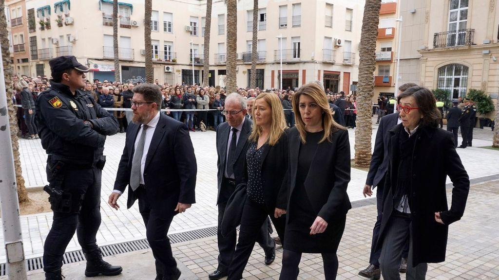 Susana Díaz llegando al funeral