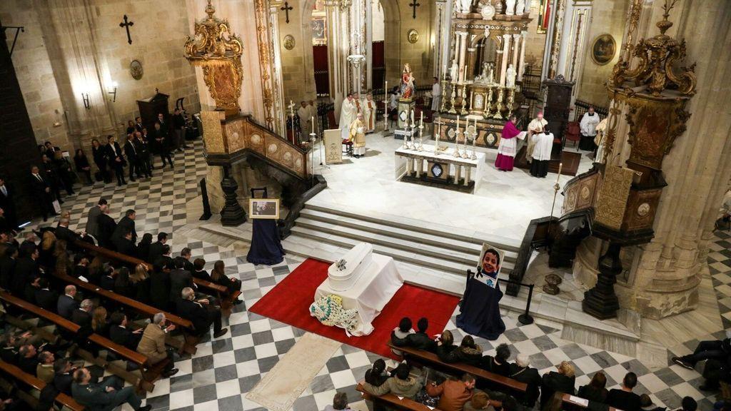 La Catedral de Almería, abarrotada