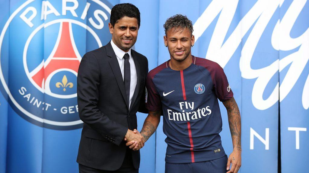 El presidente del PSG visita a Neymar en Brasil con los rumores sobre su futuro en el aire