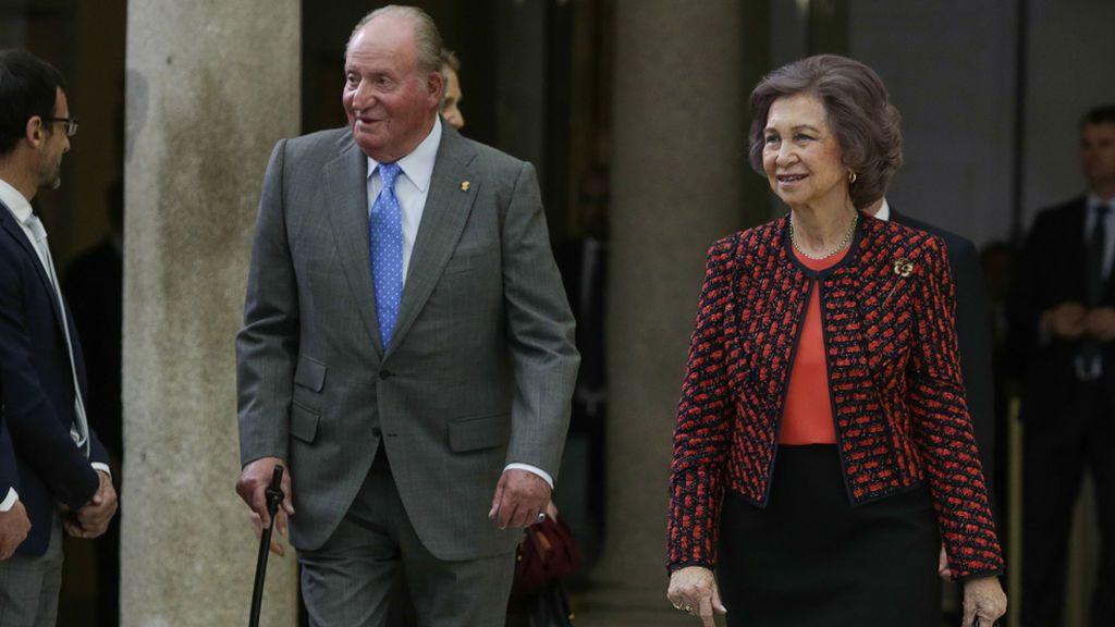 El Rey Juan Carlos volverá al quirófano para un cambio de la prótesis de su rodilla derecha