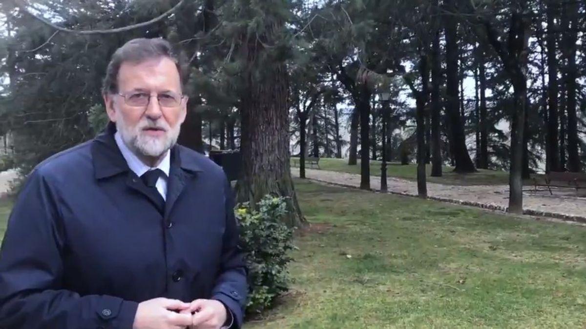 El trap, unboxing o los haters: temas que queremos que trate Rajoy en su videoblog