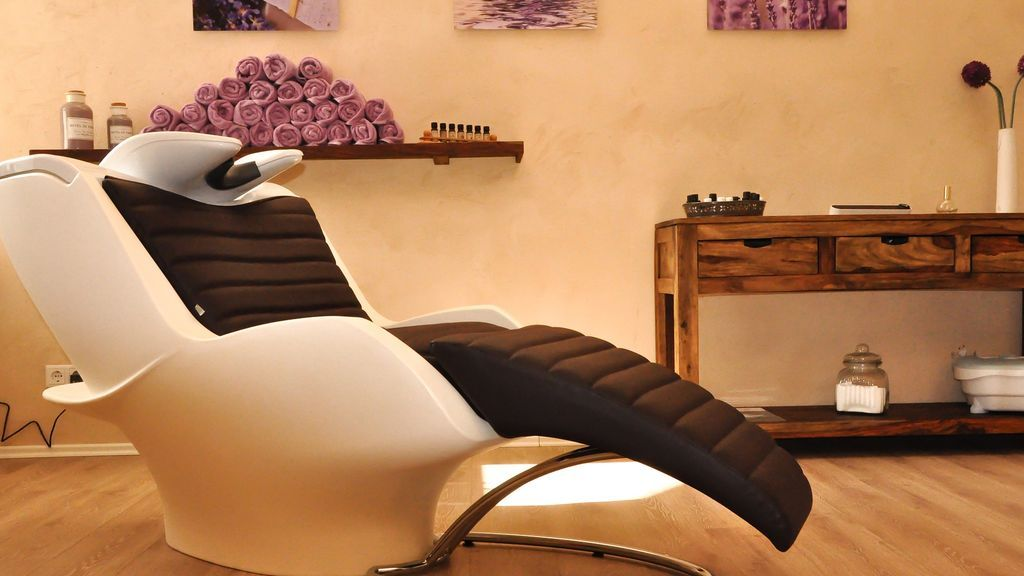 hairdressing-salon-2693077_1920