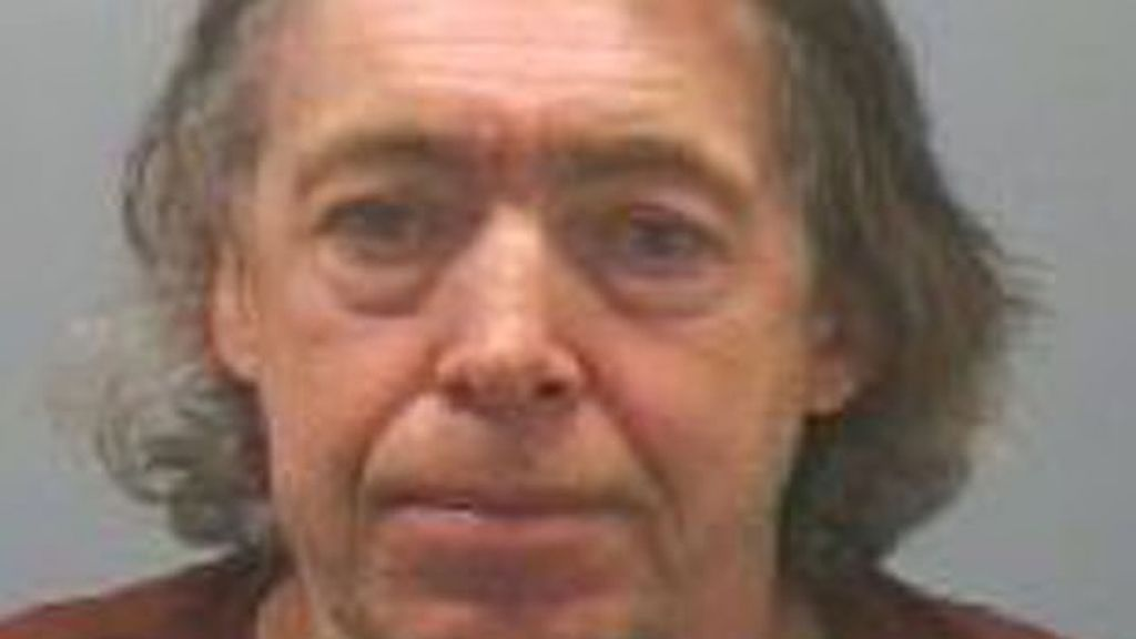 Orina en la maceta de un vecino y las pruebas de ADN demuestran que violó a dos mujeres 23 años antes
