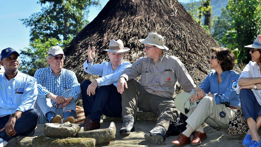 Juan Manuel Santos y Alberto de Mónaco comparten conversación