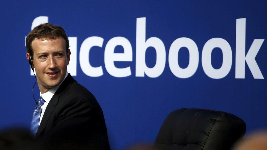 Reino Unido reclama la comparecencia de Mark Zuckerberg por filtración de datos