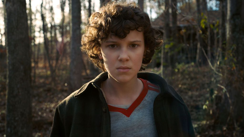 Millie Bobby Brown (Eleven), en la segunda temporada de 'Stranger things'.