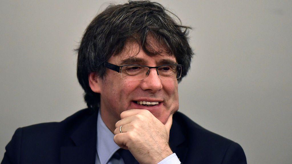 La Fiscalía pide anular temporalmente el pasaporte de Puigdemont y el resto de huidos