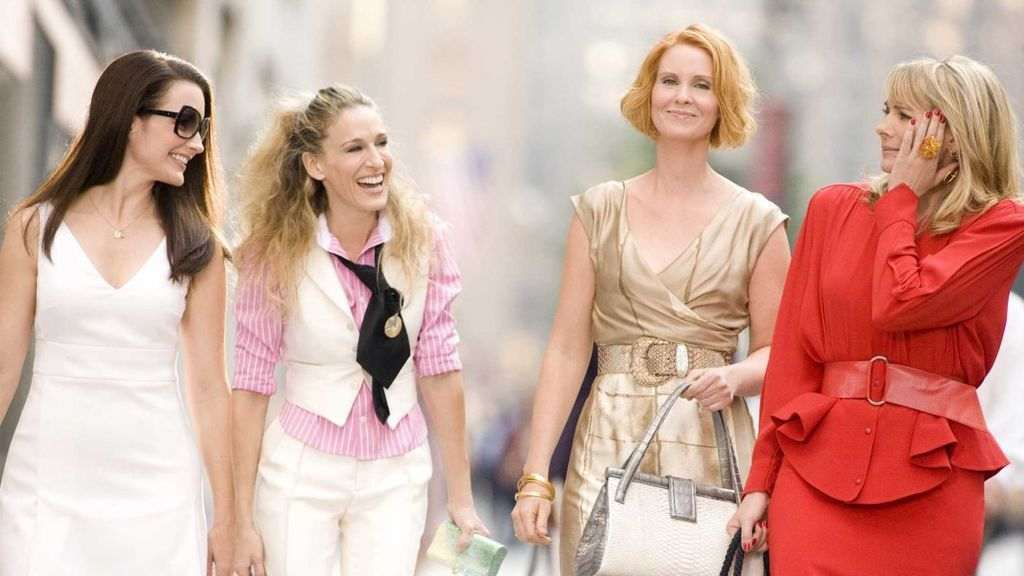 Cynthia Nixon protagoniza 'Sexo en Nueva York' junto a Kim Cattrall, Sarah Jessica Parker y Kristin Davis.
