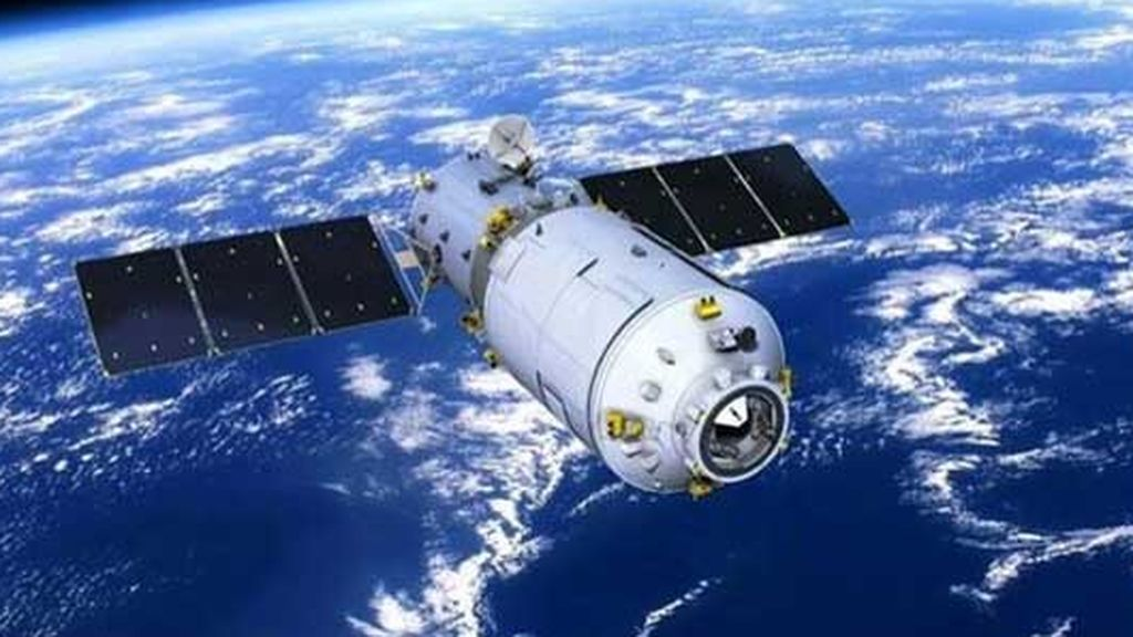 La estación espacial china, que no se sabe dónde va a impactar, sobrevuela el cielo de Tarragona