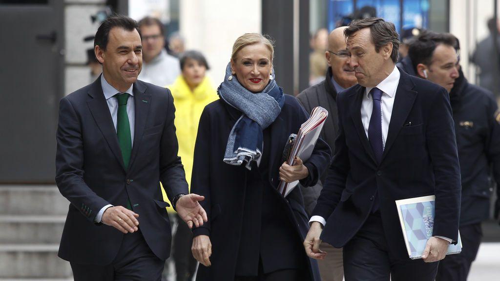 'Génova' apoya a Cifuentes, a la espera de que se pronuncie sobre la polémica con su máster