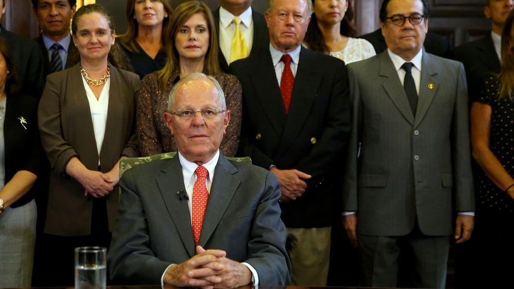 Perú:  El presidente Kuczynski presenta su dimisión por el escándalo de corrupción de Odebrecht