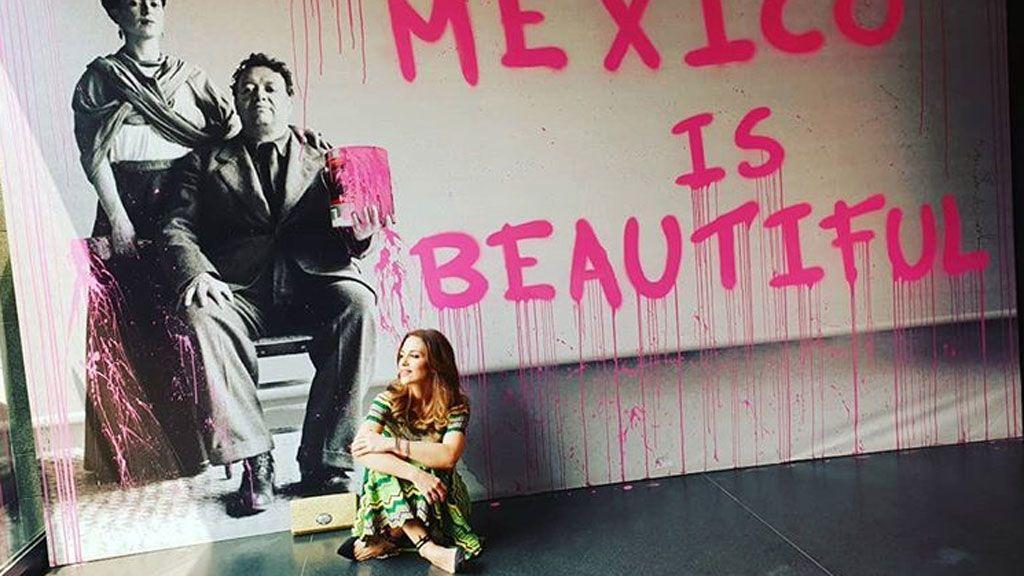 Mientras en España hay divorcio, Paula baila y llama por primera vez 'exmarido' a Bustamante en México