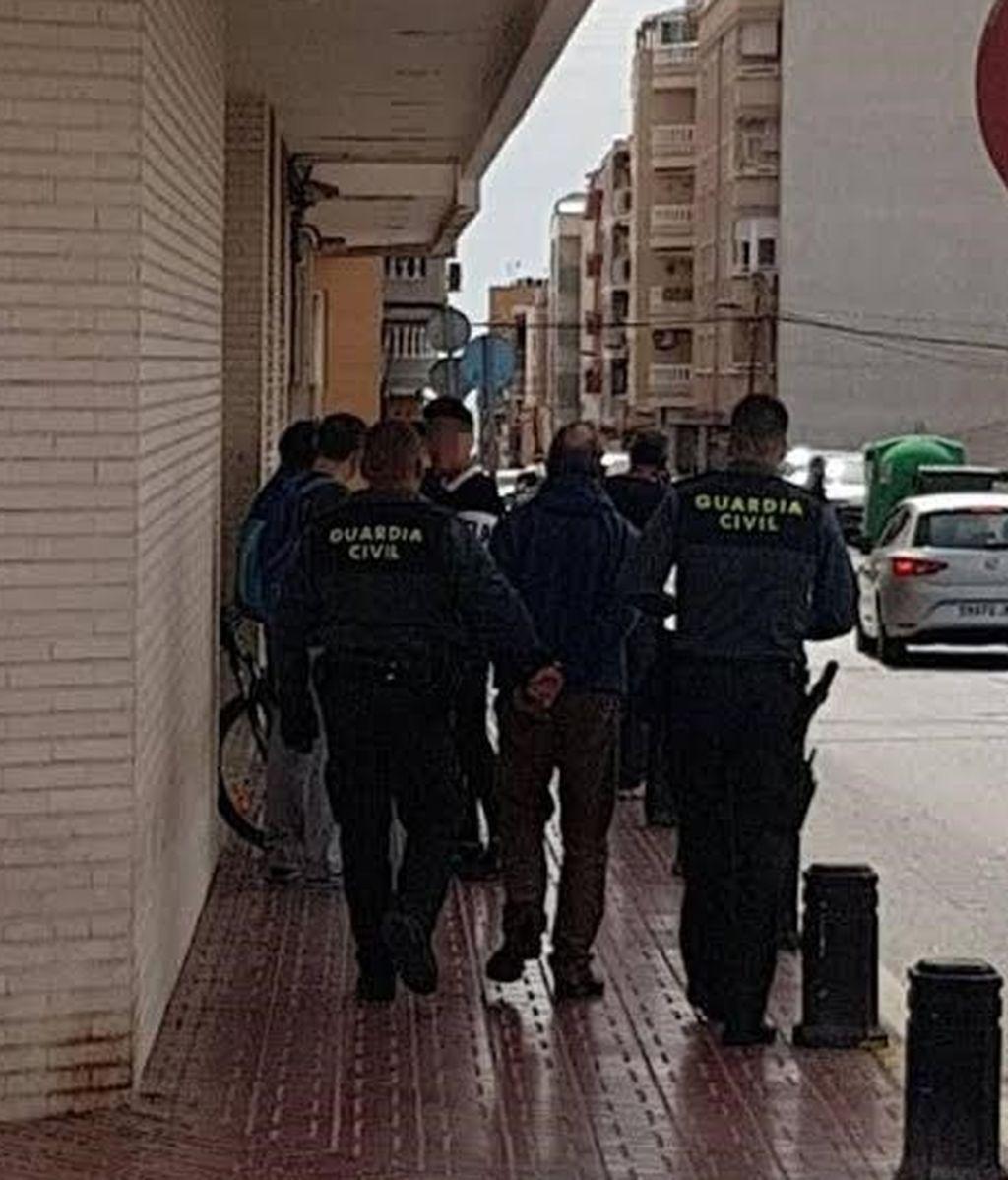 Detenido en Torrevieja un profesor de 70 años por abusar sexualmente de una menor