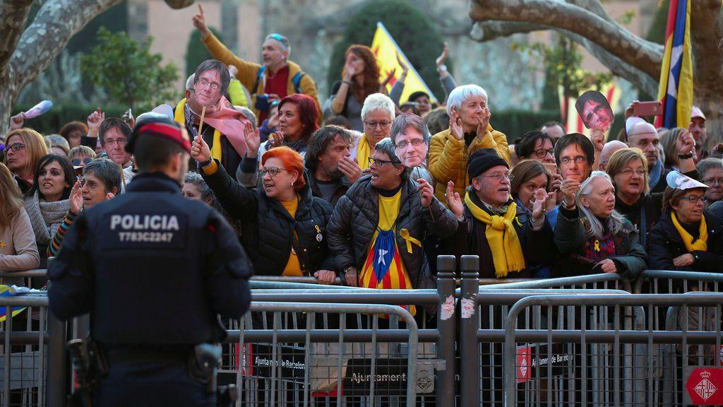 Investigan a un mosso que se manifestó ante la Delegación del Gobierno en Cataluña