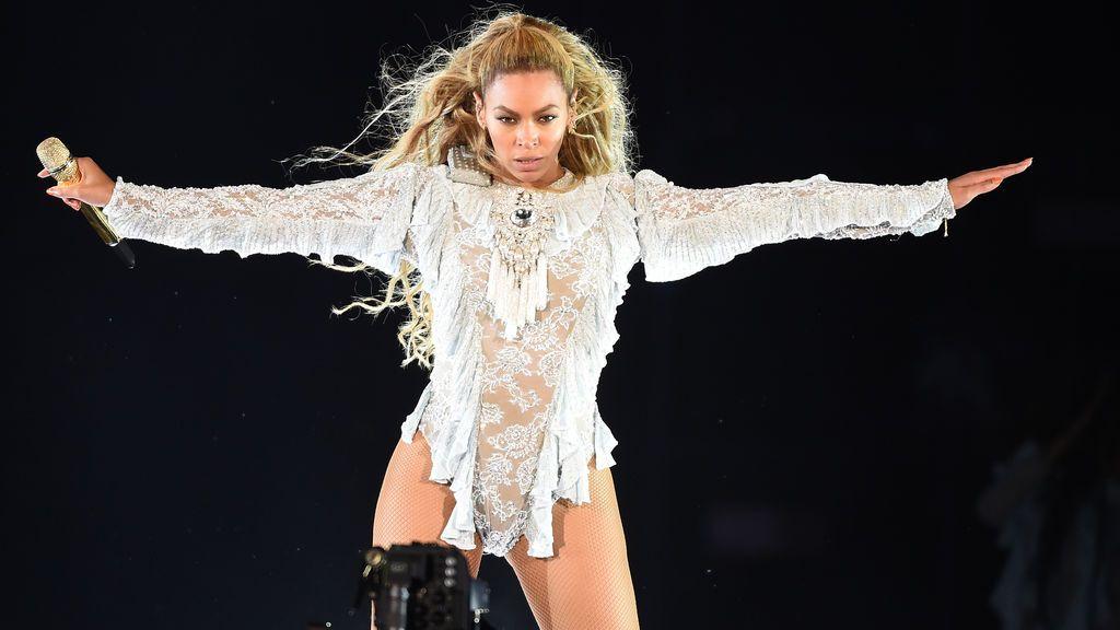 Los seguidores de Beyoncé buscan a la actriz que mordió el rostro de la cantante