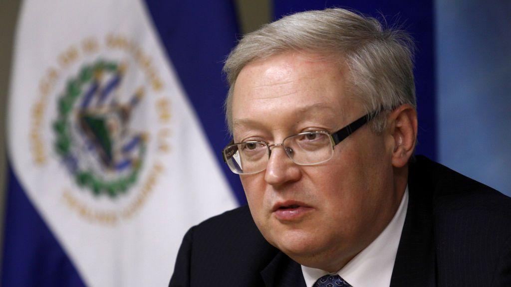"""Rusia promete una respuesta """"severa"""" a la expulsión de funcionarios rusos en EEUU"""