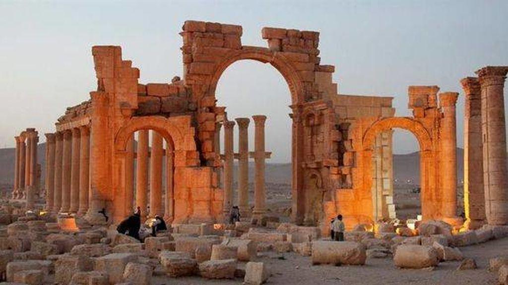 Un anticuario, en libertad bajo fianza de 12.000 euros por vender piezas de arte robadas por Daesh